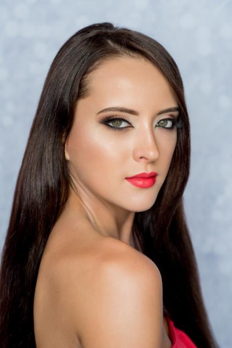makijaż modelka Roksana Oraniec, Kocie OKO Ostrowiec