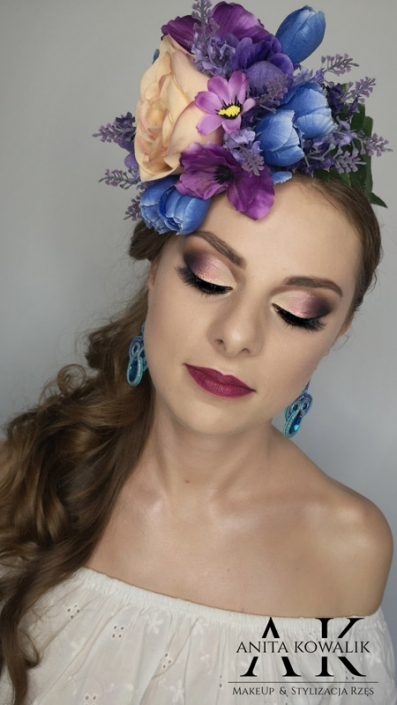 modelka Karolina Żywczyk - makijaż sesja
